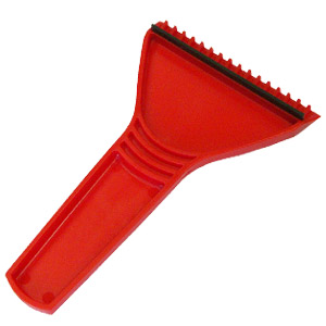 Скребок автомобильный; красный; 11х17,5 см; пластик; тампопечать, шелкография