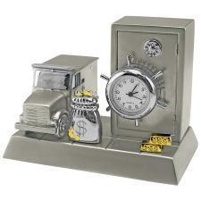 """Часы """"Банк""""; 8,8х5,6х6,6 см; металл; лазерная гравировка"""